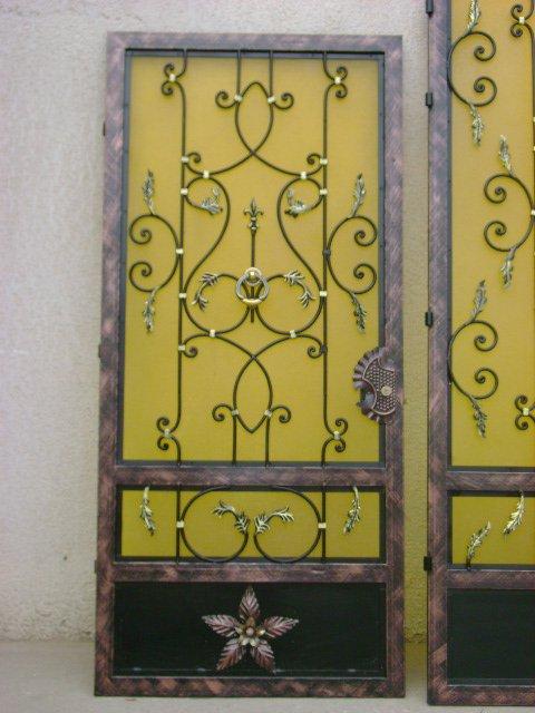 Porte d entree fer forge avec plastiglas jaune blog de for Porte fer forge en tunisie